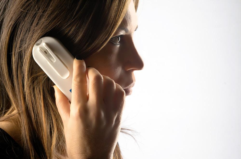 funzioni telefono cellulare salvavita Helpy con localizzatore gps
