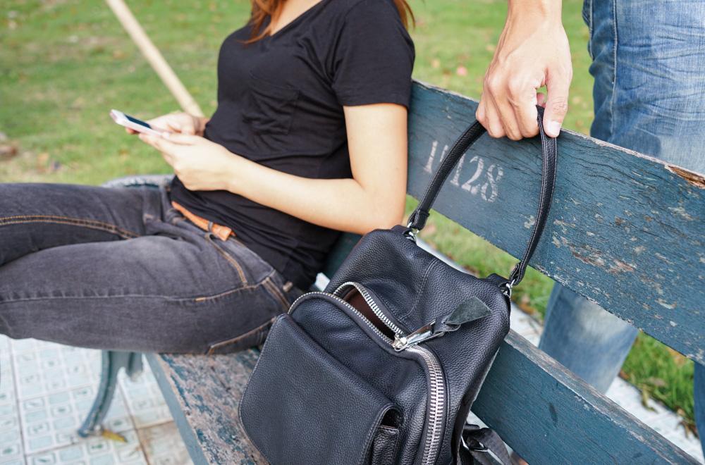 Telesoccorso e localizzatore GPS Helpy Oops - Funzione anti rapina e allarme silenzioso